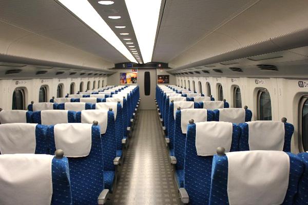 新幹線の座席
